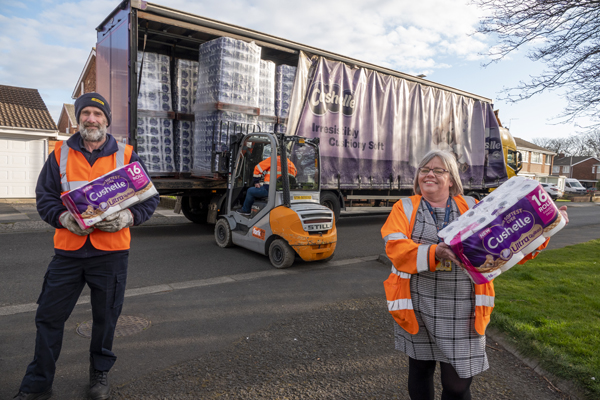 Image demonstrating Truck load of toilet paper donated to council's shielding hub