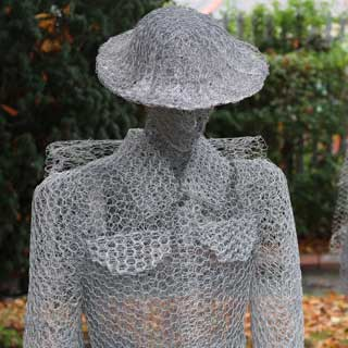 Wire model of a soldier