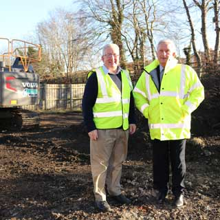 Councillors John Beynon and Glen Sanderson at the carpark site