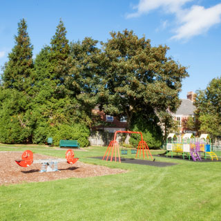 Play areas & outdoor facilities